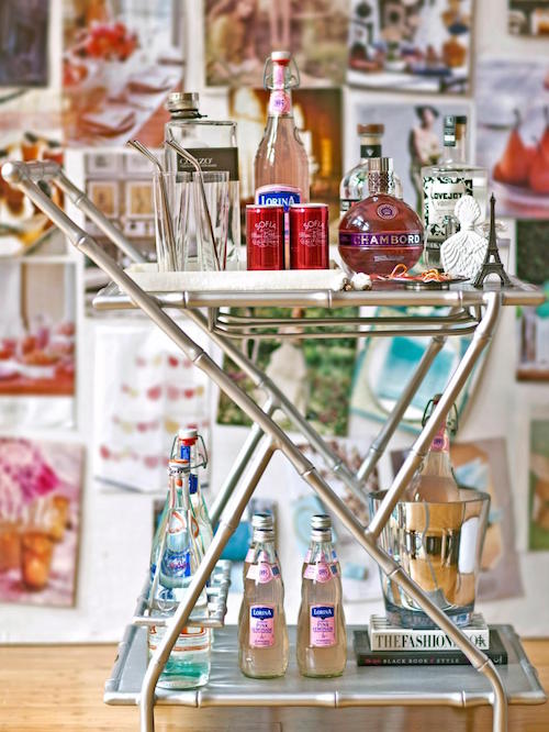 how to style the perfect bar cart for any party. Black Bedroom Furniture Sets. Home Design Ideas